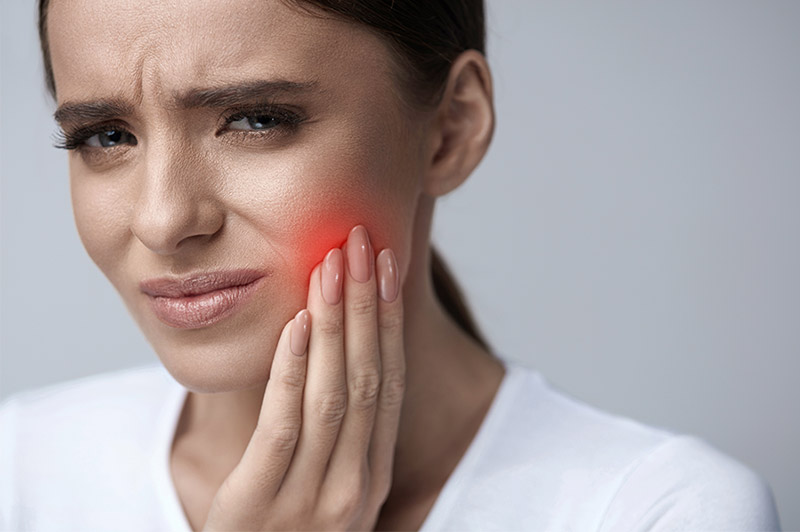 Symptoms and Causes of Gingivitis
